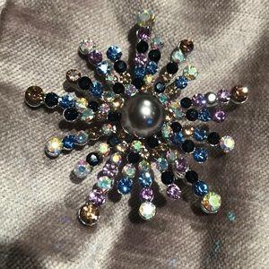 Austrian Crystal Snowflake Pin